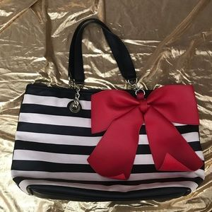 Betsey Johnson Striped Red Bow Regard Tote